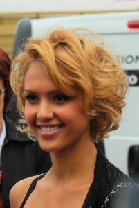 Celeb style jessica alba curly bob world hair extensions jessica alba short curly bob pmusecretfo Image collections