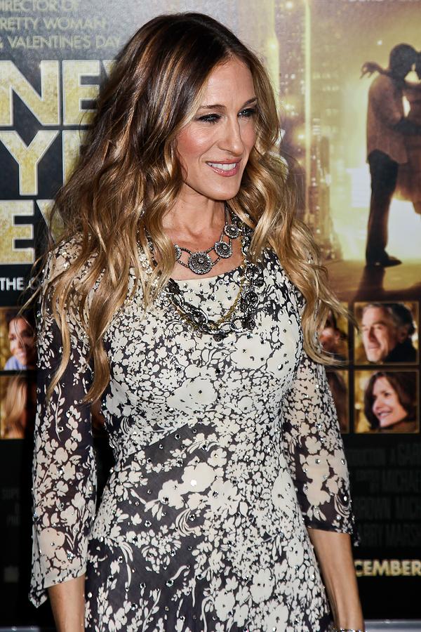 Older women now prefer longer hair world hair extensions sarah jessica parker long curly hair pmusecretfo Images